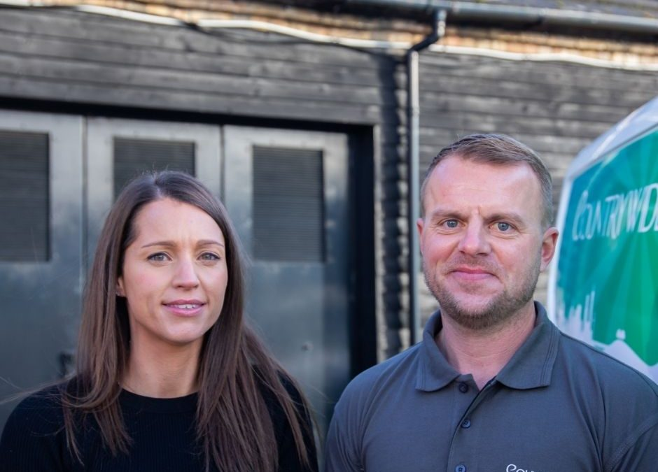 Resale Owners Cat and Gary Countrywide Signs Newmarket